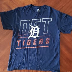 Men's Detroit tigers tshirt